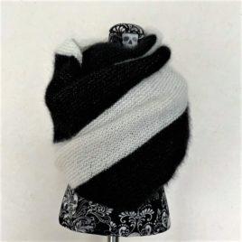 Châle assymétrique noir et blanc