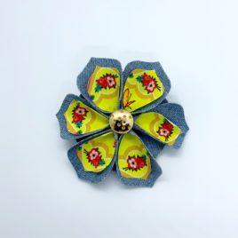 Barrette fleur jaune